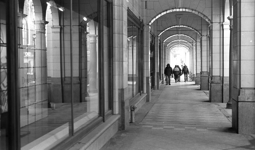 Covid-19 image of construction workers going to lunch in downtown Calgary.  Eric Rose Photography 2020